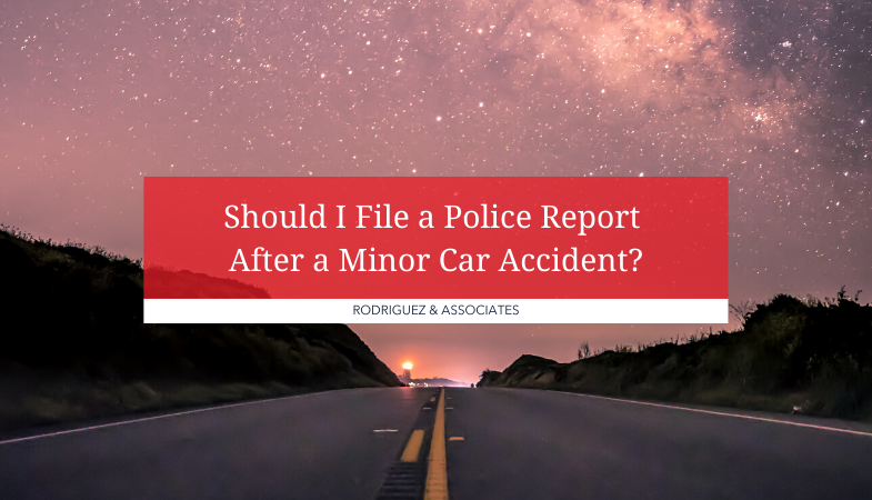Filing_A_Police_Report_After_A_Minor_Car_Accident